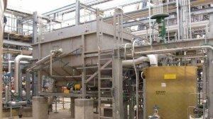 Dissolved Air Flotation (DAF) wastewater system